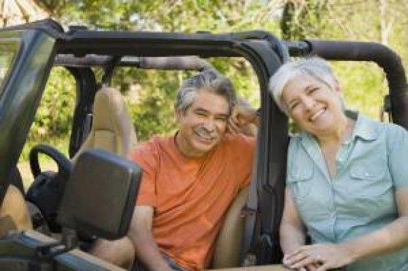 advance auto jeep couple