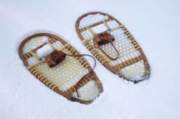bproper snow shoes