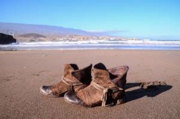bproper boots beach