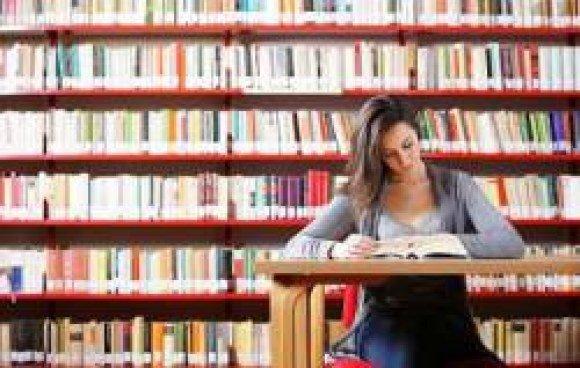 bookrental girl reading