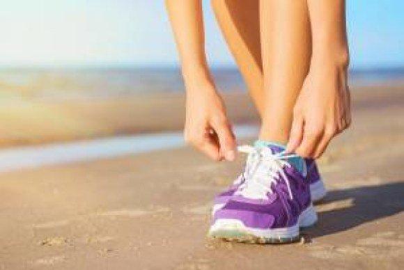 newbalance beach shoes