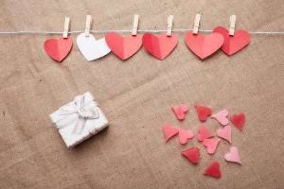 gift paper hearts