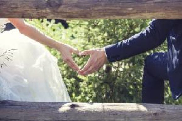 memorable wedding anniversary gift ideas