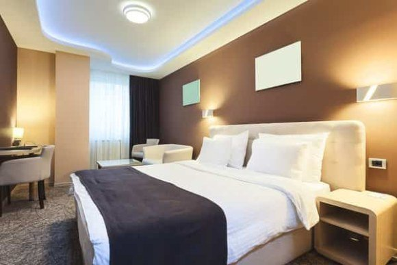 get cheap hotel rooms min