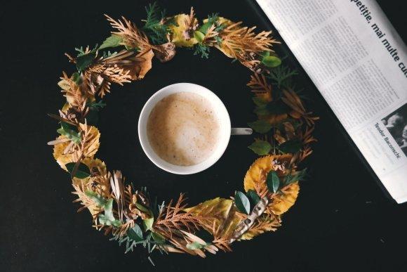 fall wreath decorating idea